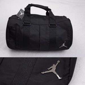 New Jordan Jumpman Bag Gym Basketball Overnight 85ed3ae15c3e3